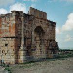 Triumphal_Arch_in_Volubilis